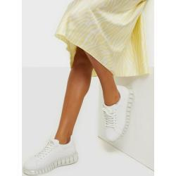 NLY Shoes Translucent Retro Sneaker